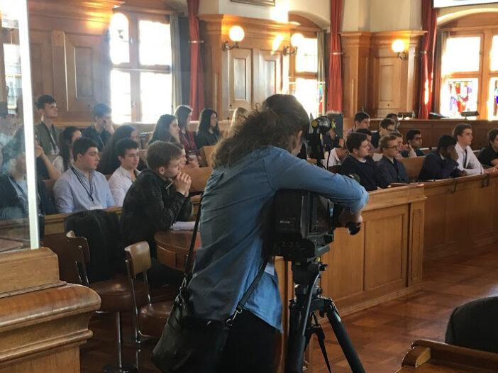 Erste Sitzung des Jugendparlaments des Kantons Zürich